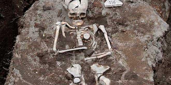 vampiro-bulgaria-tumba